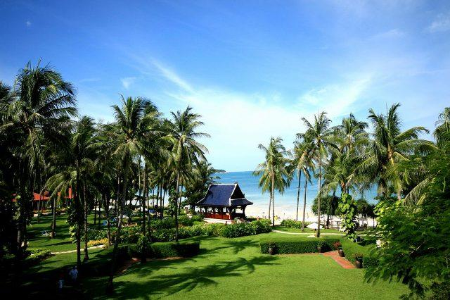 Centara_Grand_Beach_Resort_Samui_3